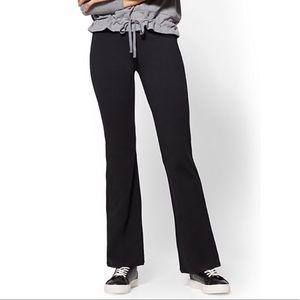 0780debc79 NWT NY & CO bootcut yoga pants size medium petite